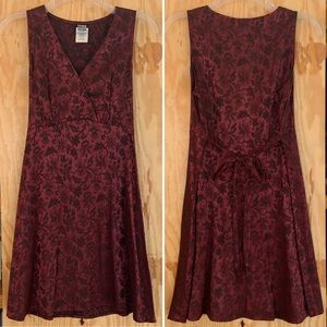 Vintage 90's Burgundy Floral Tie Waist Dress M